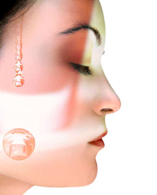 Regelmäßige Pflege der Haut ist wichtig.