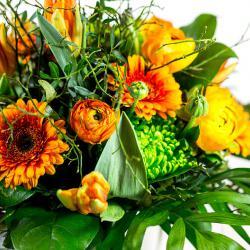 Blumen verschenken - mit Blumen in orange gelb verzaubern